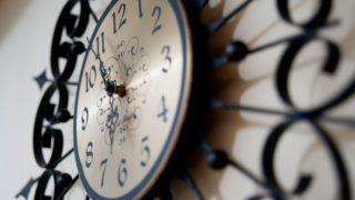 部屋から掛け時計がなくなった